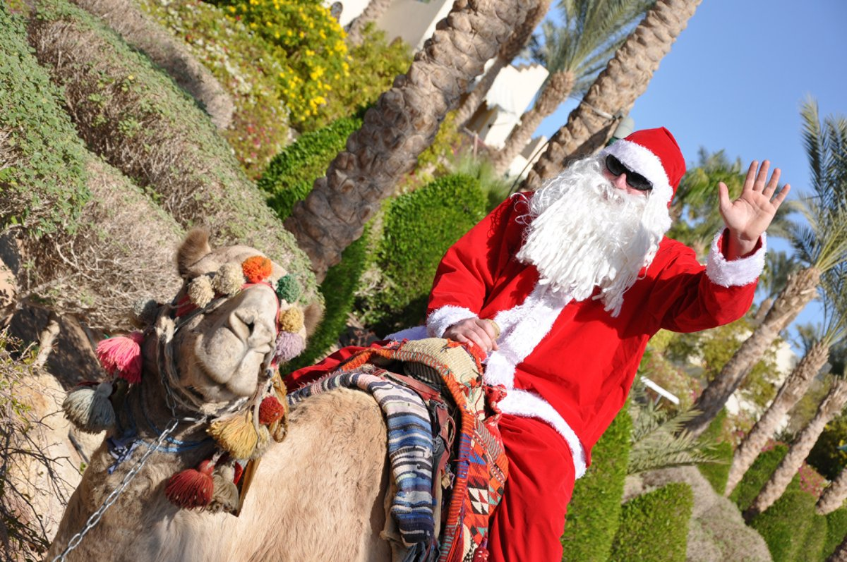 Santa Claus is coming to town to add some cheer to your #FSHoliday as Kids For All Seasons Club transforms into a whimsical wonderland for our little elves on Christmas Day at 2.30 PM. #FSSharmElSheikh #FourSeasons https://t.co/Npk3BN8X0h