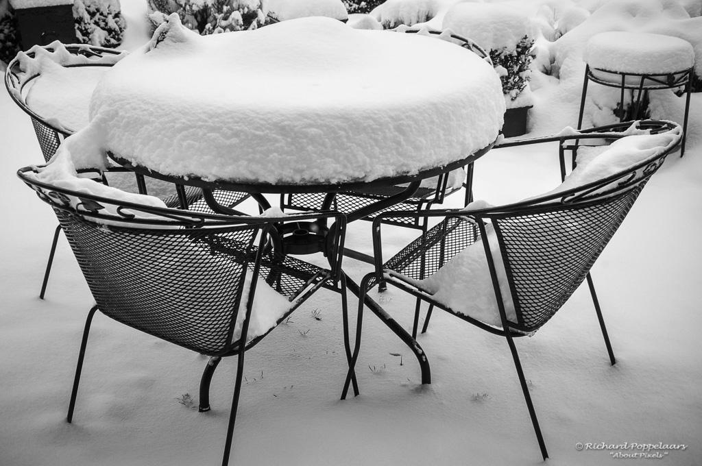 Veel sneeuw van 17/19 december in 2010 @opvoorneputten. Echt al #winter met veel sneeuwpret wat net niet voor een White #Christmas bleef liggen.  Photo: @About_Pixels / #nosweerfoto #RTLweer @EdAldus @weeronline @BuienRadarNL
