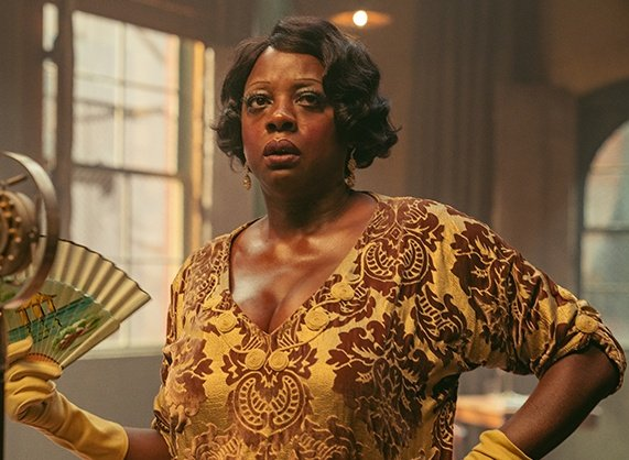 so viola davis got close to 200 pounds to play ma rainey and got in shape again for woman king and nobody talks about it. we all remember how joaquin phoenix was praised for losing weight for joker. sexism much?