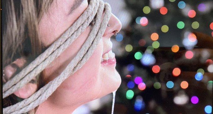 Happy holidays!! https://t.co/QXoPvzpLqy