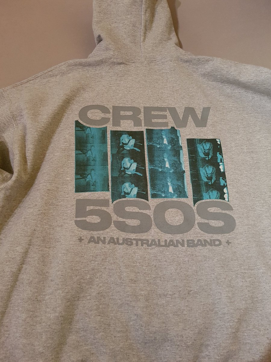 My @5SOS and @WeNeedCrew Hoodie came yesterday and it looks great! Thank you for the hard work you all do! Hope to go to as many concerts that i can when it's save next year! Merry Christmas and stay safe! ❤🎄