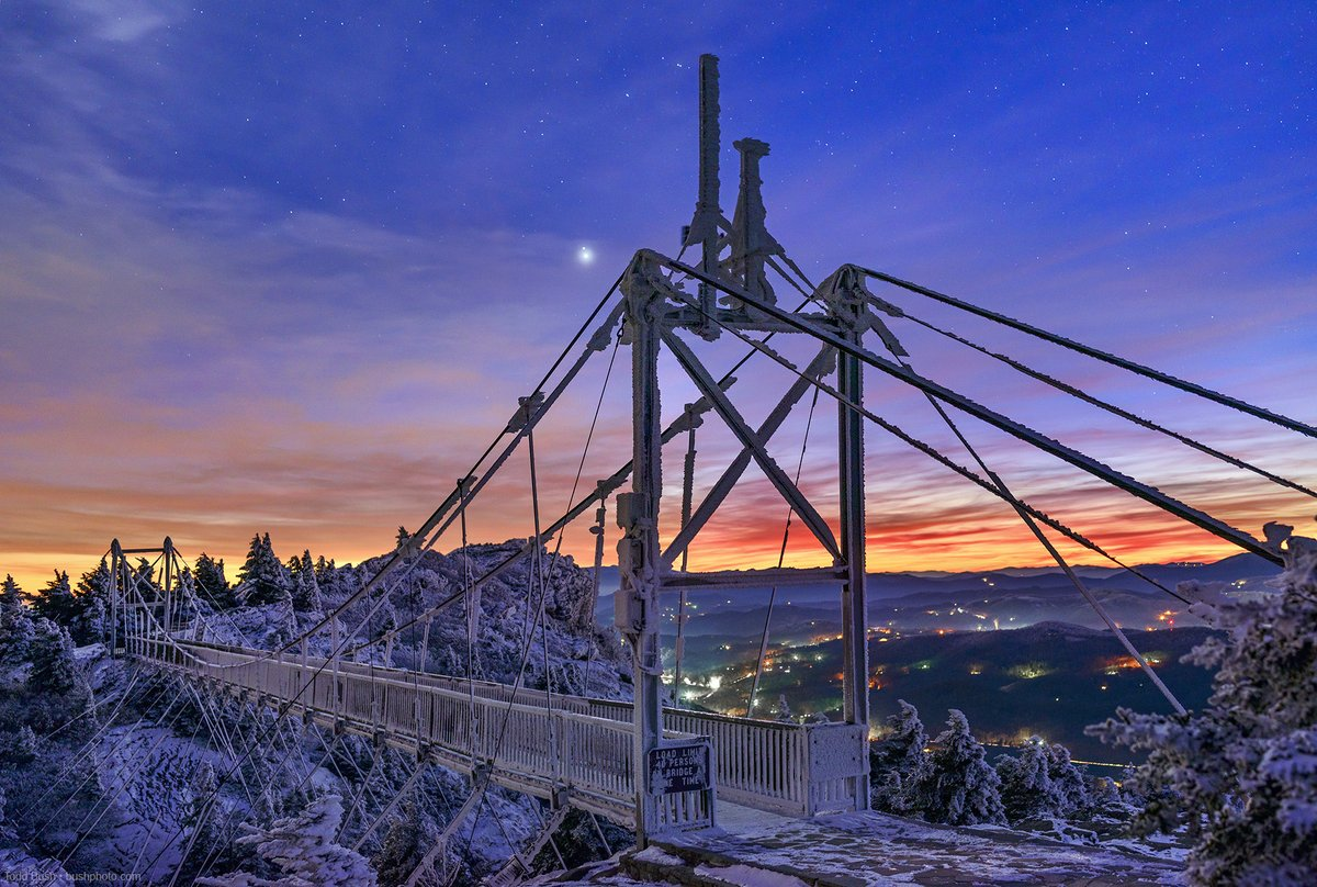 #Jupiter and #Saturn draw nearer toward a #greatconjunction, as seen over #GrandfatherMtn' Mile High Swinging Bridge during the evening hours of Friday, Dec. 19. On Monday, Dec. 21, they'll appear to be only 0.1° apart.  Photos by Todd Bush | Todd Bush Photography