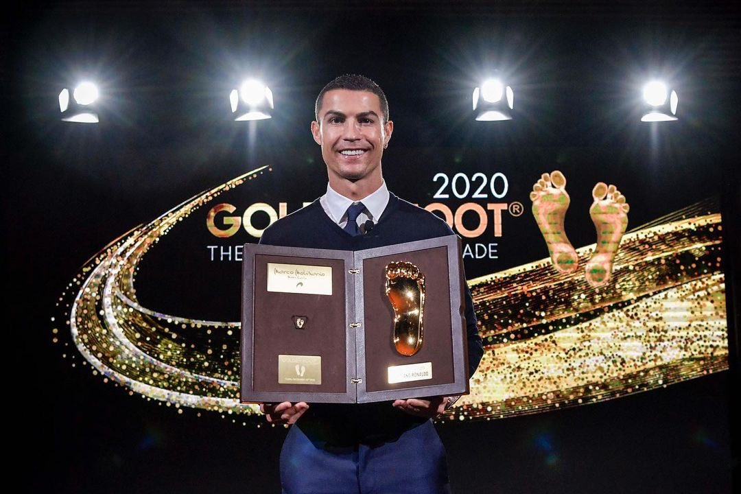 I am honored to win the @goldenfootofficial and to be immortalised on the Champion Promenade in Monaco, together with some of the greatest football legends of all time! I am truly humbled and want to thank the fans all over the world for having voted for me #goldenfoot2020