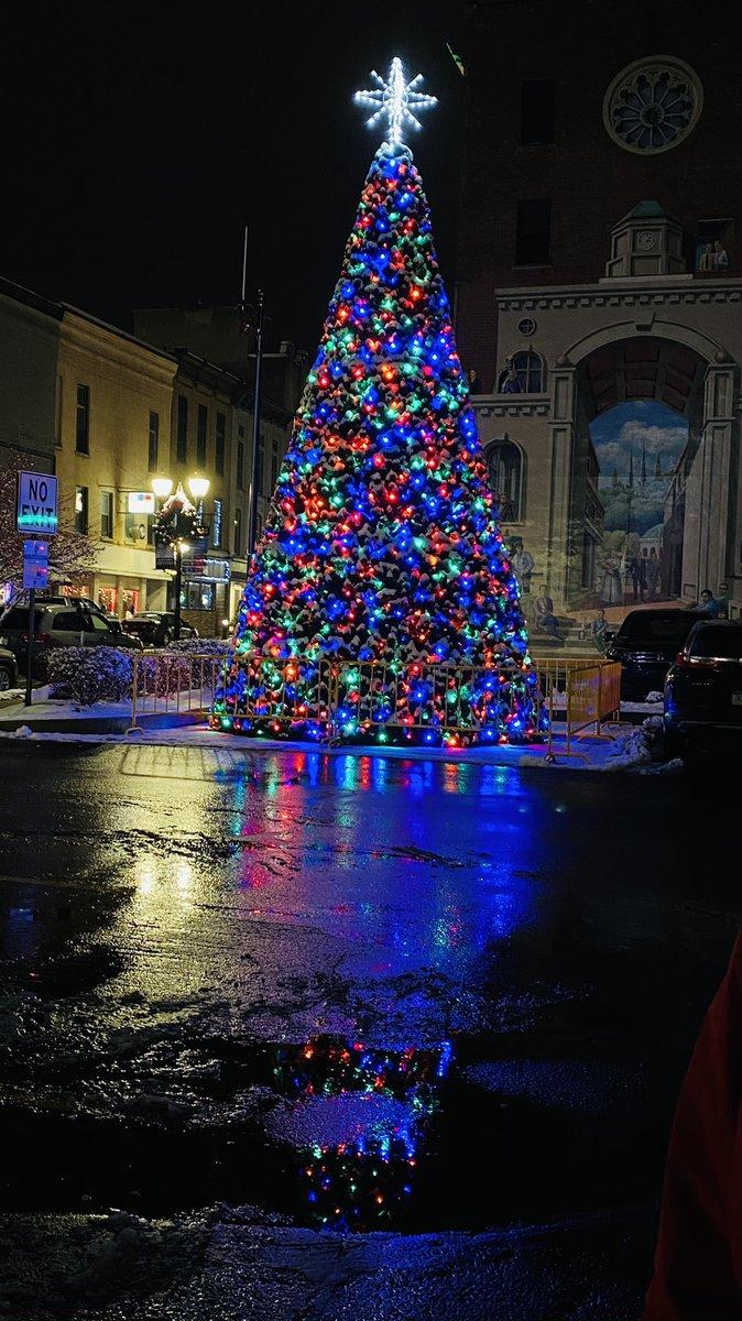 Pittston City Christmas Tree Lighting 2021 Ann Marie Webb Littleannamw Twitter