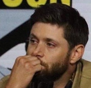 """""""I did my best to hold it together on my end."""" Jensen """"Always Collected and Professional"""" Ackles had to do his best to hold it together and not tear up during the DeanCas confession/goodbye and it was hard cause everyone else was crying. Byeeee"""