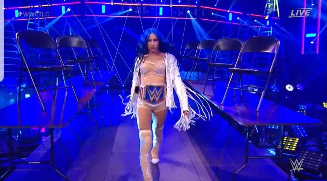 @TWrestlingGirls SASHA BANKS IS JUST THAT DAMN GOODT!!! 💯💯💯💯 #TheBluePrint #TheStandard #TheConversation #TheDraw #TheLegitBoss 👏💙 Our Smackdown Women's Champion!!!