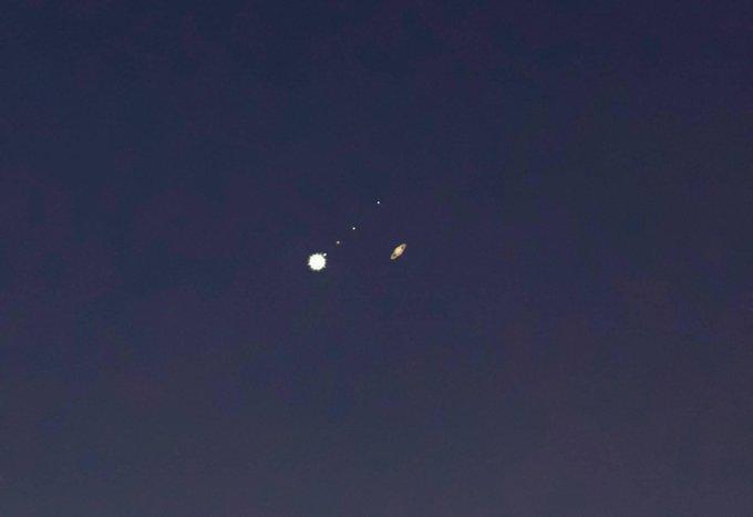 Jupiter-Saturn Conjunction I 2020 Viral photos I PinkLungi