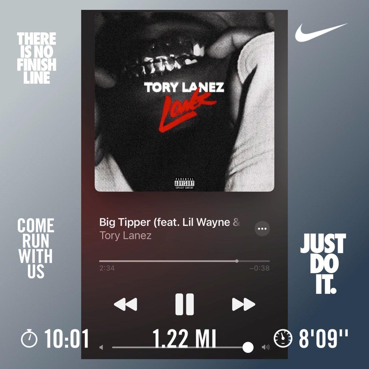 261 Straight Weeks #gymlife #gymrat #gymflow #chest #arms #abs #fitness #finishstrong #DjRaQuest #DjLife #Nikerunning #hustlehart #nike #nikerunning #FitDjs #MambaMentality
