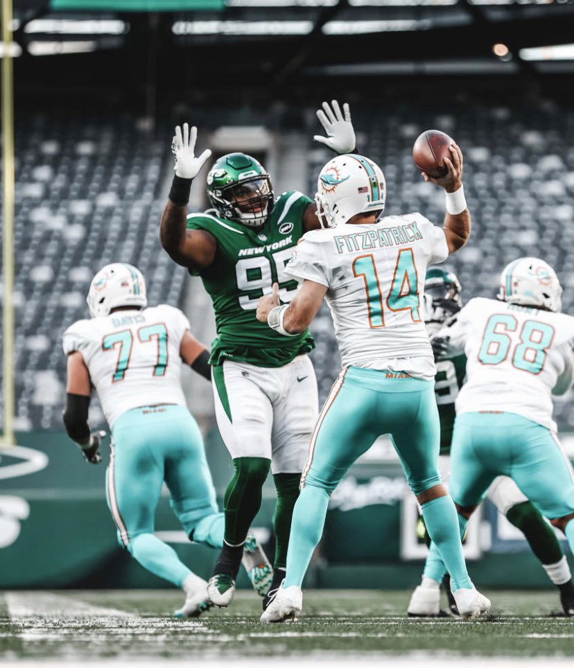 Over the last 10 weeks of the season, Quinnen Williams has an 87.7 PFF grade 🤯🤯🤯  He's top 4 in solo tackles, sacks, positive run stops and forced fumbles (among IDL) on the season.  A special sophomore campaign, a special player. @QuinnenWilliams #Jets