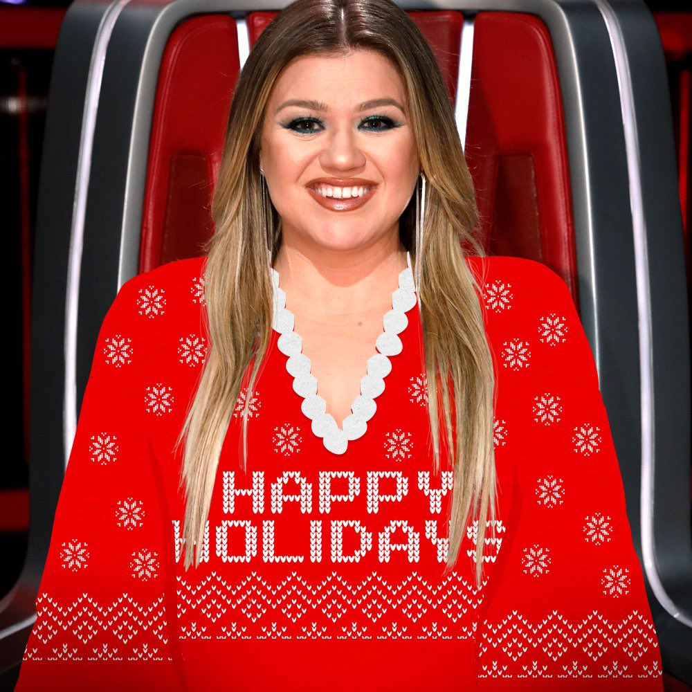 @kellyclarkson Merry Christmas to you Kelly !!!!