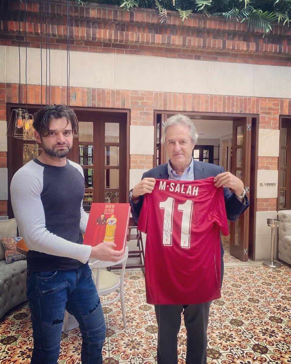 Cuando el arte y el football se cruzan. #Botero #Colombia