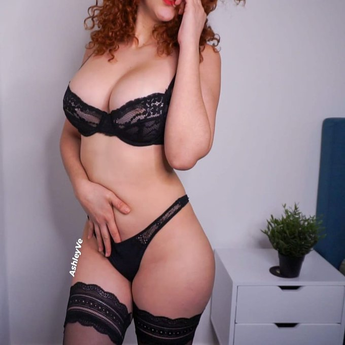 Nobody can resist a black lingerie 🔥 don't you think? 😈 . #makeporn #AmateurHotBody #lingeriestyle https://t
