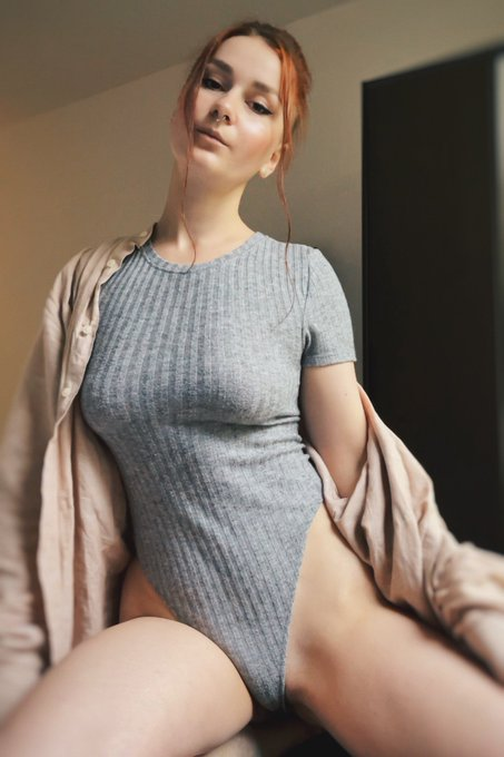 1 pic. 🤍❤️🤍  https://t.co/gWllwZMu2l  #onlyfans #girl #nude #nudes #redhead #wife #amateur #couple #nsfw