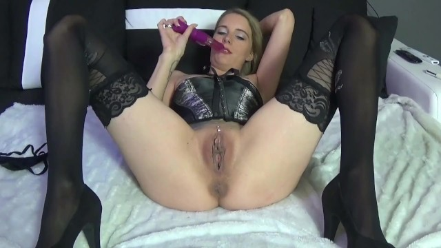 Be the first to get my new PornhubModels video: https://t.co/YuEVXlVIdG https://t.co/ufDLkAeT4o