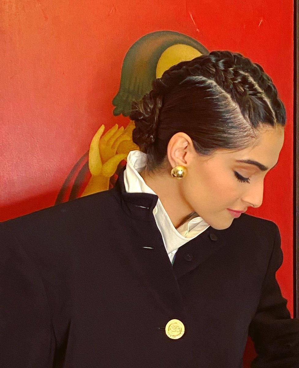 hairstyle by Hiral Bhatia