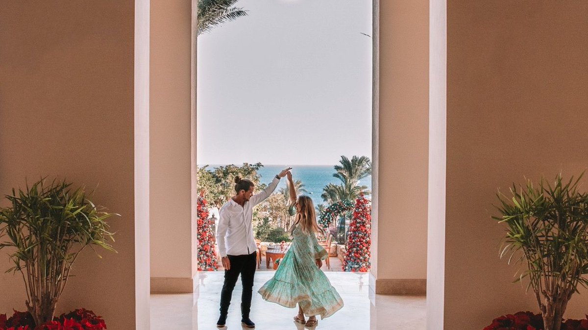 1,800 palm fronds sway in the breeze adding music to your picture-perfect entrance to @FSSharmElSheikh #FourSeasons 📸 @TheDayDreamDrifter https://t.co/an3SpOn1ff
