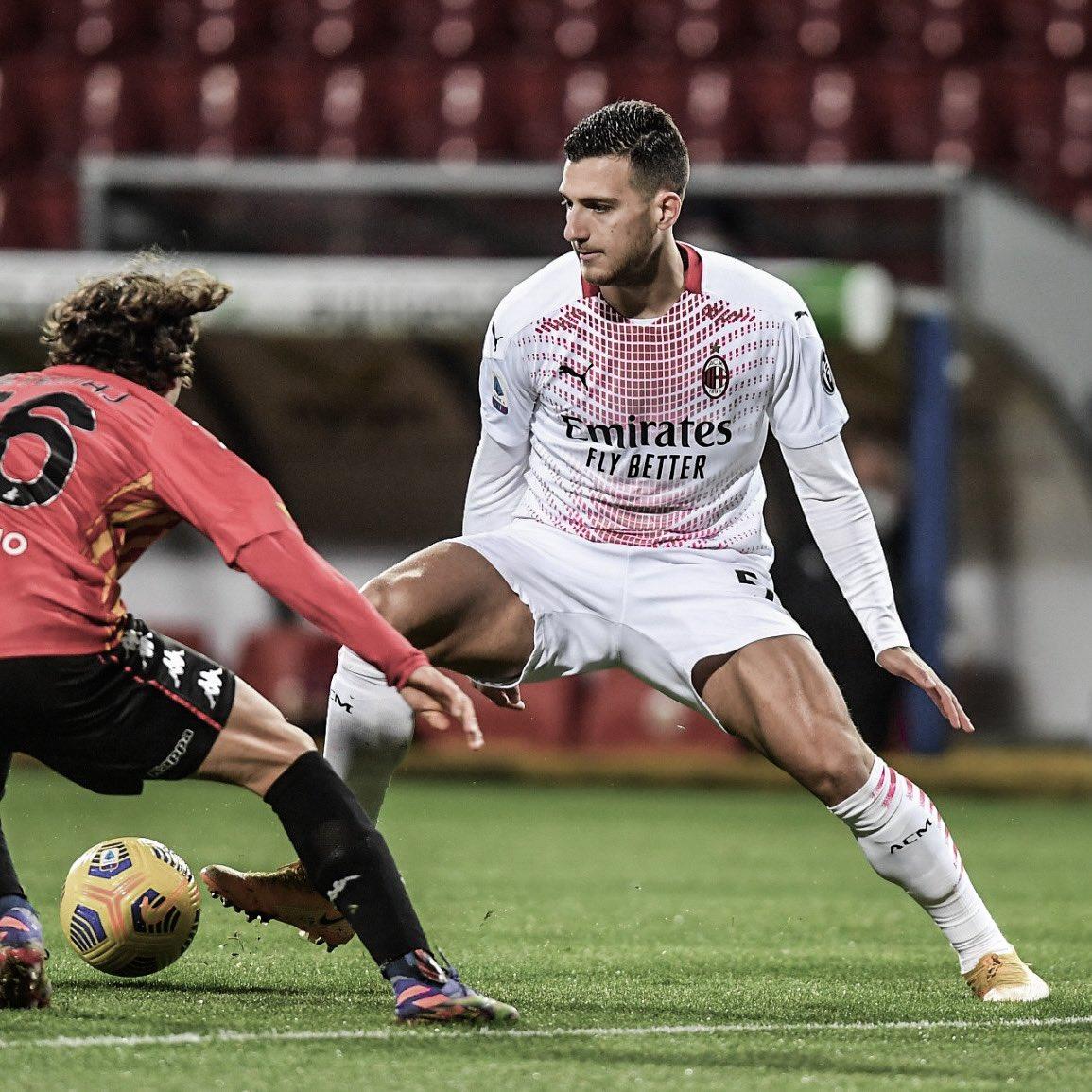 """Diogo Dalot on Twitter: """"Gara di molto sacrificio ma i tre punti a casa li  portiamo noi. Andiamo avanti Milan. 💪💪 @acmilan… """""""