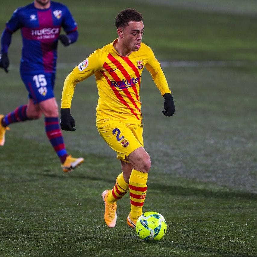 RT @FCBarcelona: IN: @OscarMingueza, @Miralem_Pjanic  OUT: @sergino_dest, @5sergiob https://t.co/EfEnvJPfaI