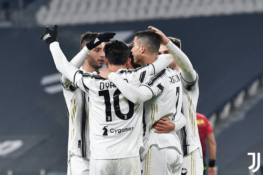 Juventus celebrating against Udinese