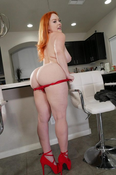 4 pic. Hot Busty Redhead @SummerHartxxx in Sexy Red Lingerie loves to tease.... Check her out in this