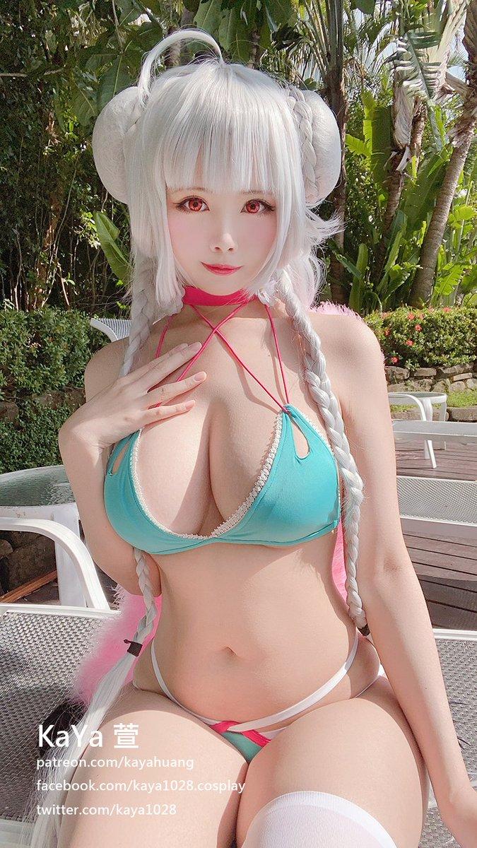KaYa Huang 爆乳巨尻なコスプレエロ画像