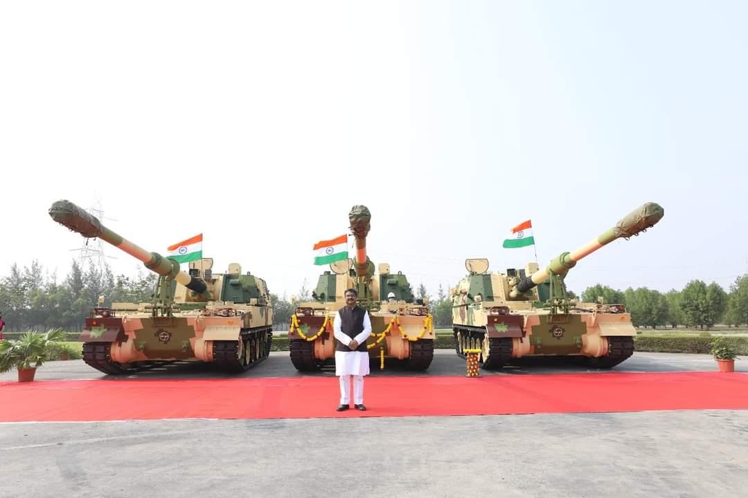Gigantic equipments for Paradeep Odisha, 88th K9-Vajra tank flagged off from L&T Hazira