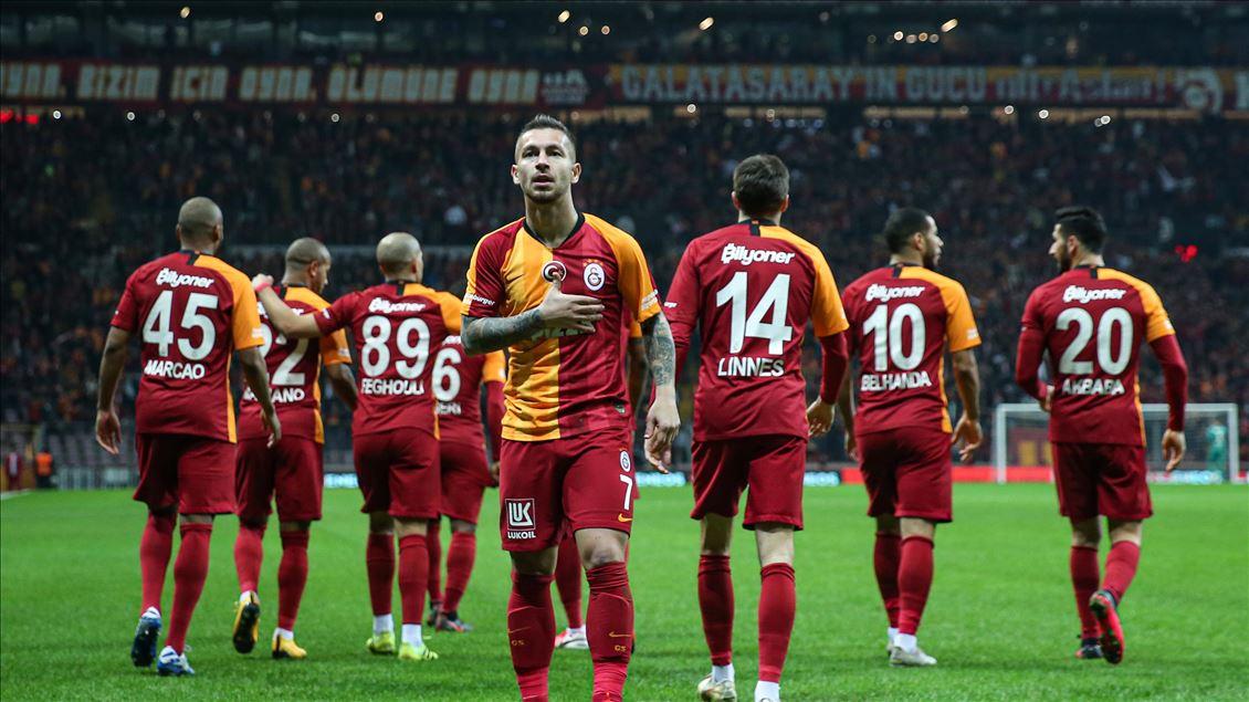 @GalatasaraySK  Elimiz kalbimizde. Doğduğumuz zamandan beri Galatasaray'a ait oluruz! ❤️💛🦁  #BugünGünlerdenGALATASARAY #Hedef23 #iyikiGalatasaraylıyız #GSvANT  #Galatasaray #GalatasaraySK #Hedef23  #ultrAslan   #SenSampiyonOlacaksin