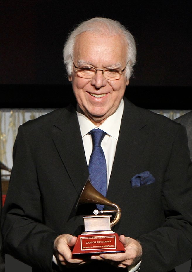 Carlos do Carmo, Fado legend and recipient of the Lifetime Achievement Award has left us. Our hearts go out to his family and fans. May he rest in peace.