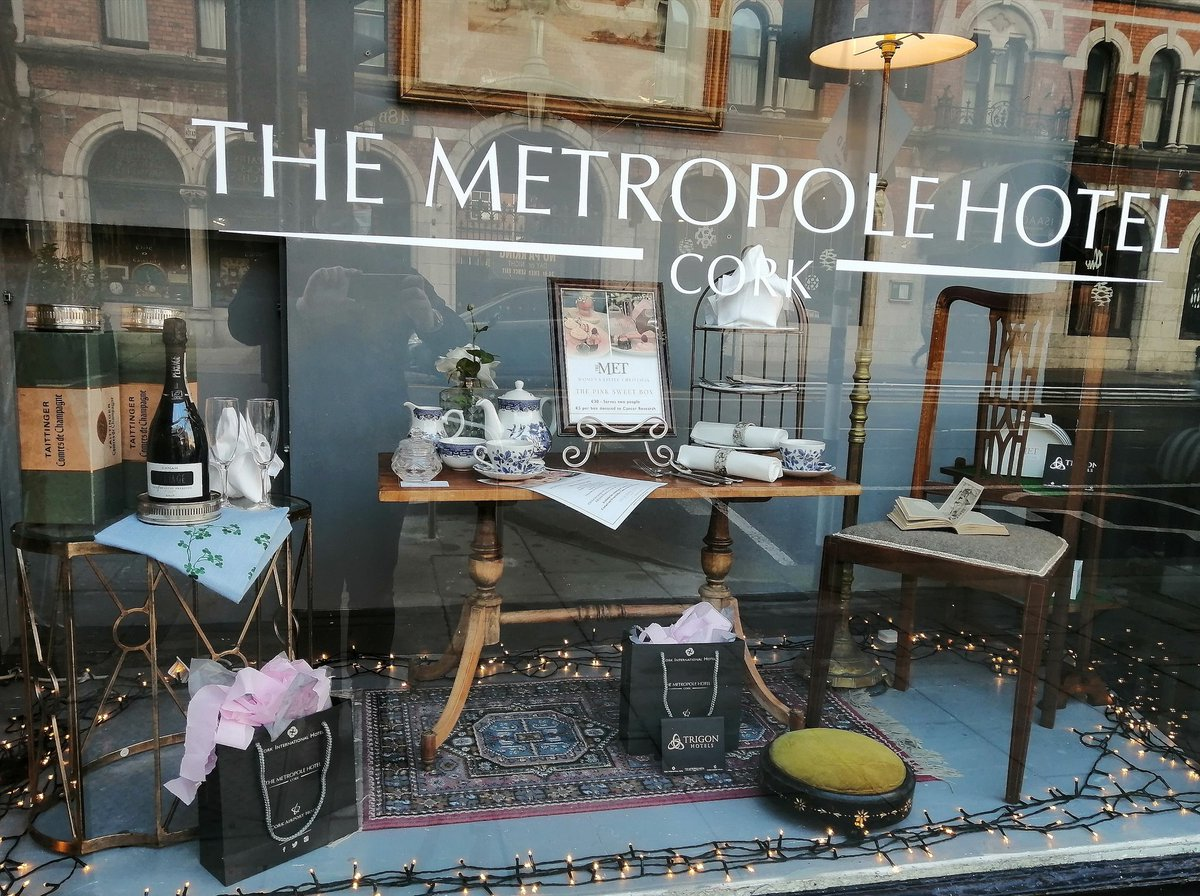 Part of our wonderful streetscape is set off by the @MetropoleCork windows. Salvagem was delighted to kit out and curate January's window just in time for #NollaigNamBan  #salvagem #vqcork #crossthebridge #AreYouInTheQ