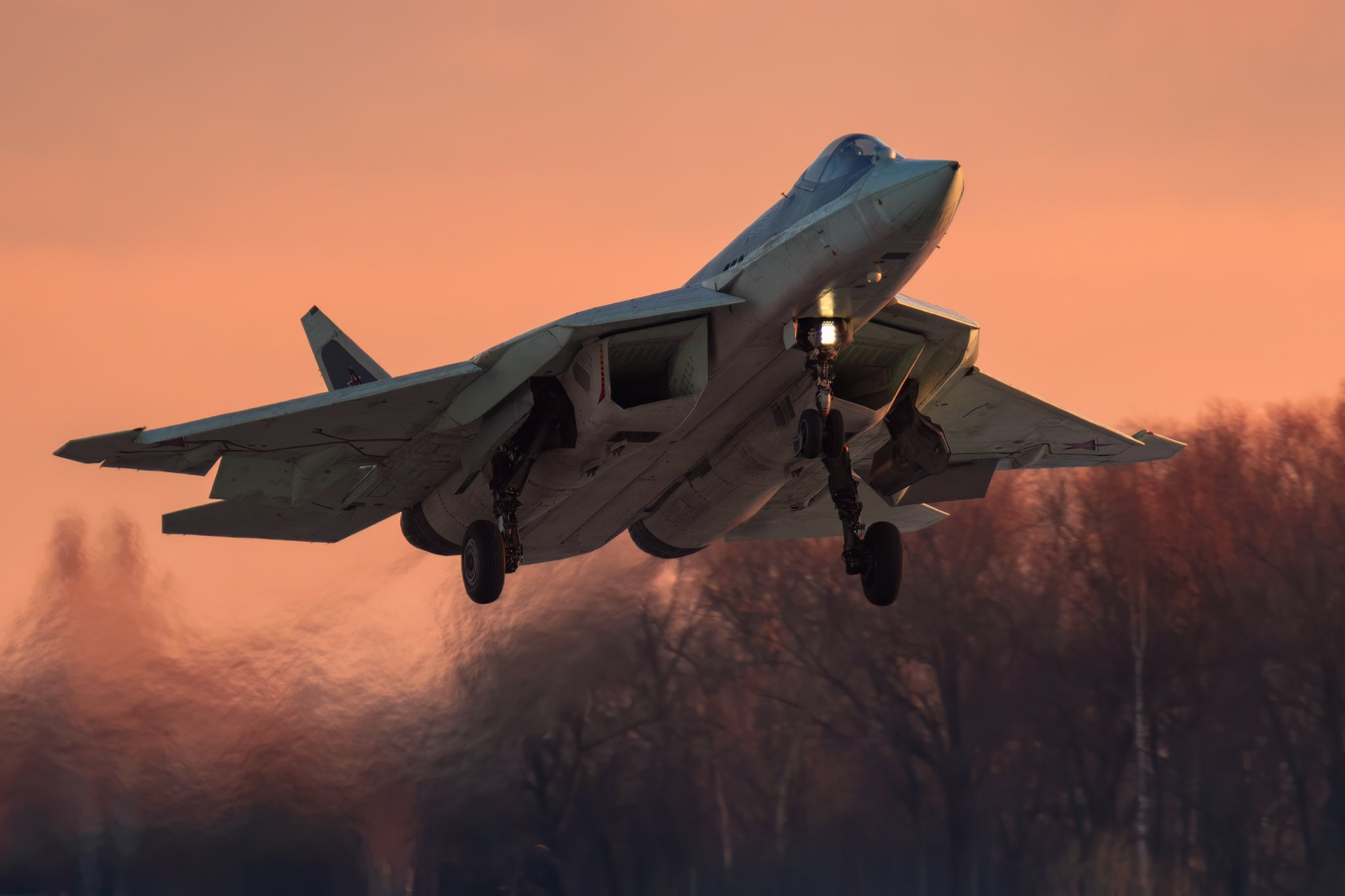 Su-57 Stealth Fighter: News #7 - Page 2 Eq6LQEvXUAEswdu?format=jpg&name=large
