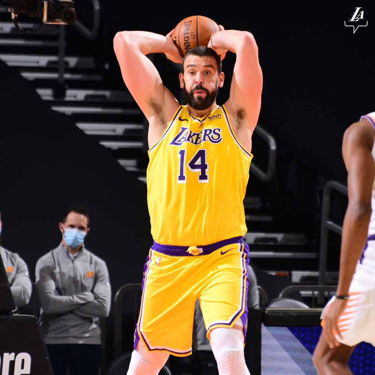 RT @Ballislife: Marc Gasol already has a passing mixtape with the @Lakers!  https://t.co/10nJzzBy0o