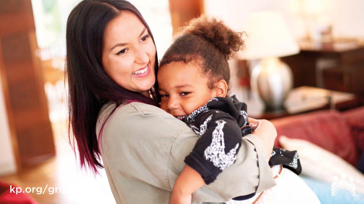 No contagies a tus seres queridos con la gripe. Si vives o cuidas a personas con alto riesgo de complicaciones de la gripe, es importante vacunarte contra ella. https://t.co/8Mgjt7IIfE https://t.co/31PIBoYZwW