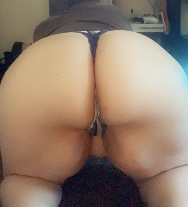 2 pic. 🔞FETISH FRIENDLY PAWG🔞 https://t.co/rbBAAx8VNz 💋FREE TO SUBSCRIBE 💋 🥵BBW 🥵dick ratings 🥵lewds 🥵sexting 🥵taboo