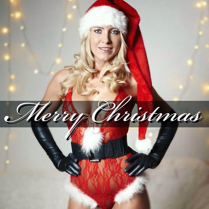 🎄 𝓜𝓮𝓻𝓻𝔂 𝓒𝓱𝓻𝓲𝓼𝓽𝓶𝓪𝓼 🎄 Ich wünsche euch von ganzem Herzen ein wunderschönes Weihnachtsfest ⭐️ Auch wenn