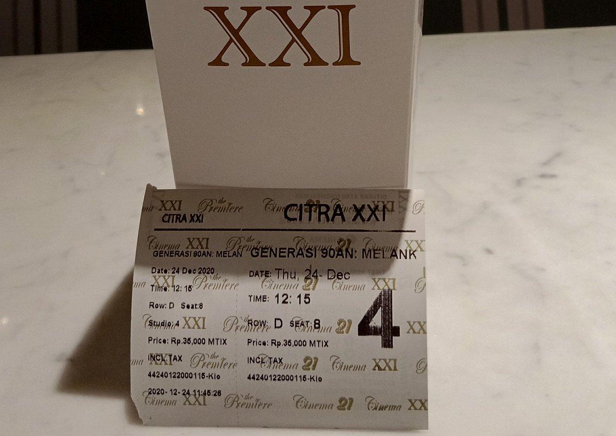 @cinema21 @FILM_Indonesia Dua-duanya donk min 🙂 Tim hari pertama check 💃🏻 @MDEntertainment @90anMelankolia #Asih2 #Generasi90anMelankolia