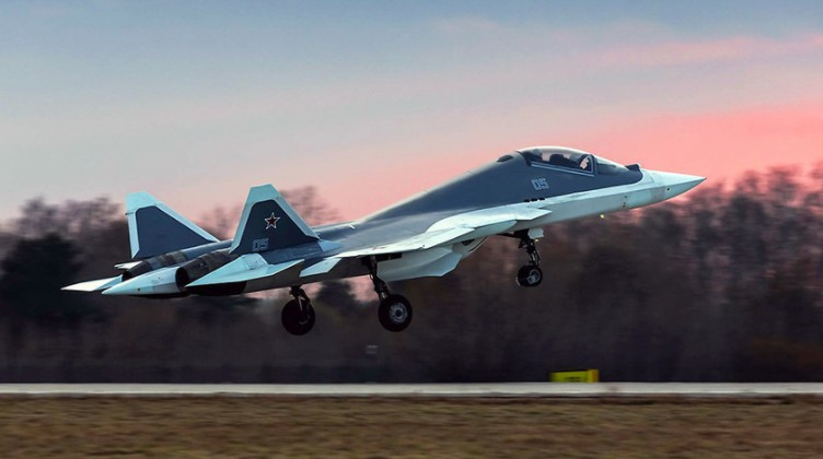 Su-57 Stealth Fighter: News #6 - Page 37 EqAFVNnW8AIG0Zf?format=jpg&name=900x900