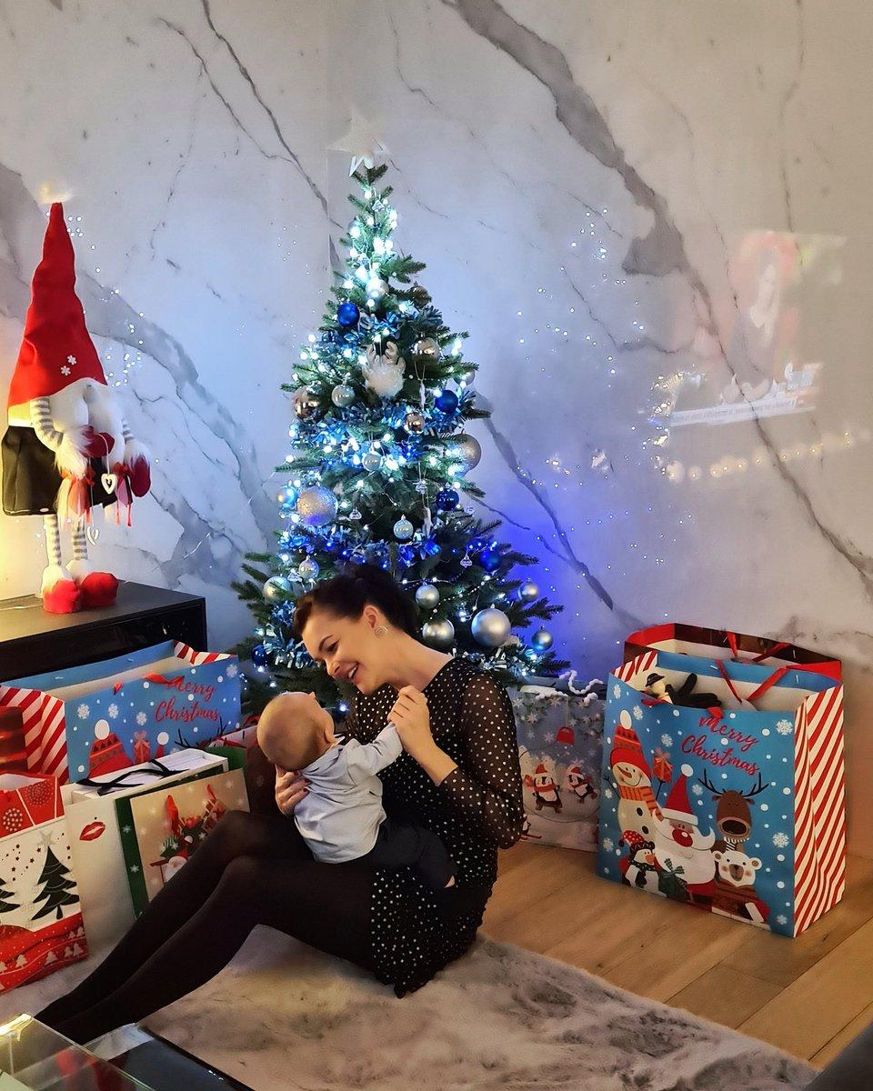 Merry Christmas everyone🎄☃️🎅💫 @CeltDawid https://t.co/XTRJW7GpUP
