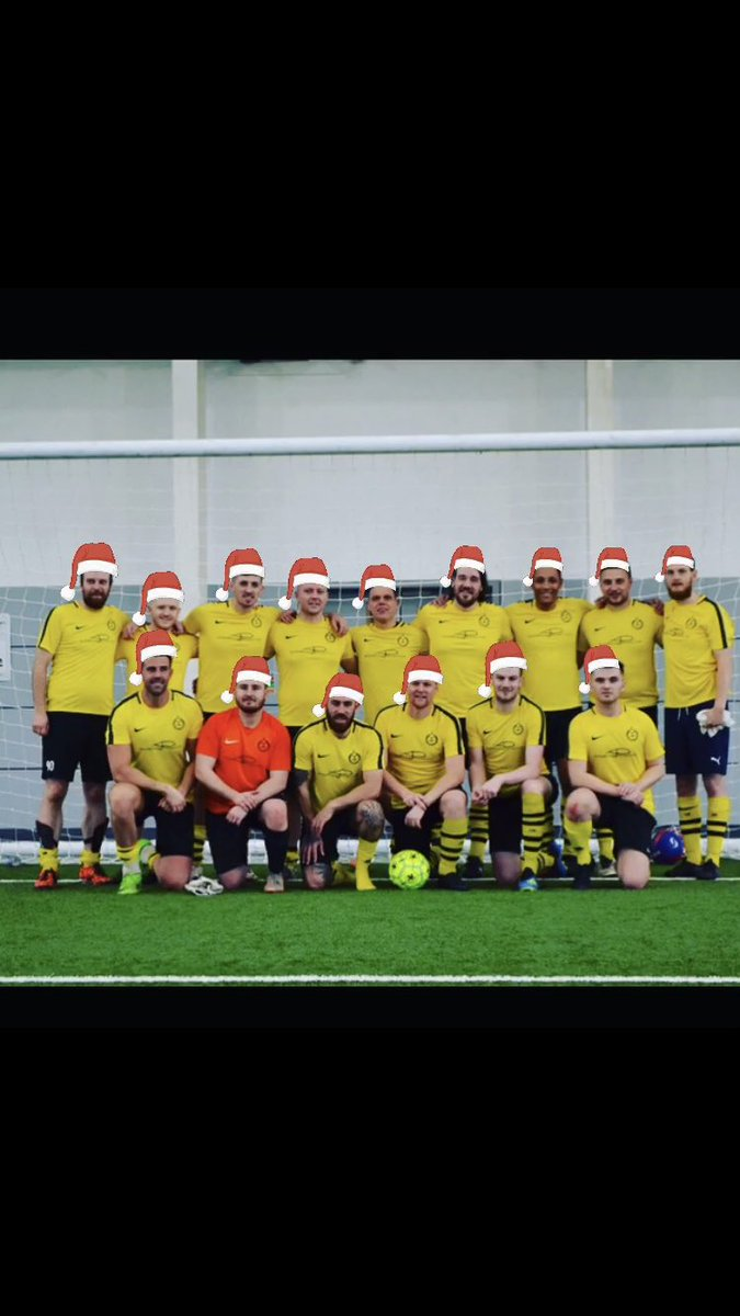 Wishing you all a Merry Xmas from everyone at Mush United FC🎅🏻🎄🟡⚫️⚽️