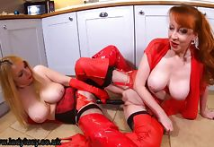 4 pic. Merry Xmas everyone  Join me and sexy Red today for festive filth xx  https://t.co/NHf4j0UWwt  #saucynurse