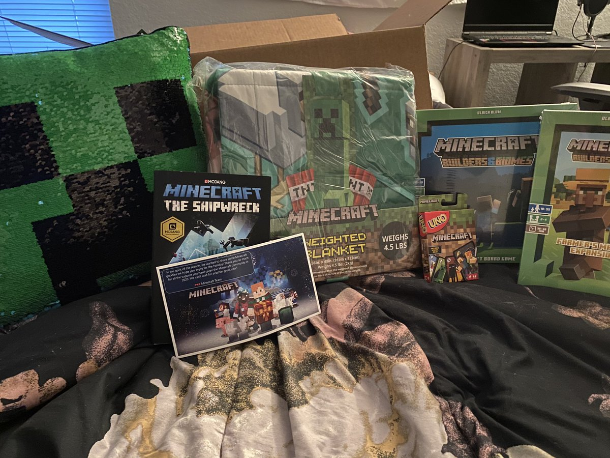 DaphneElaine - A weighted blanket! Just what I need 🥰. Thank you for all the goodies @Minecraft team!