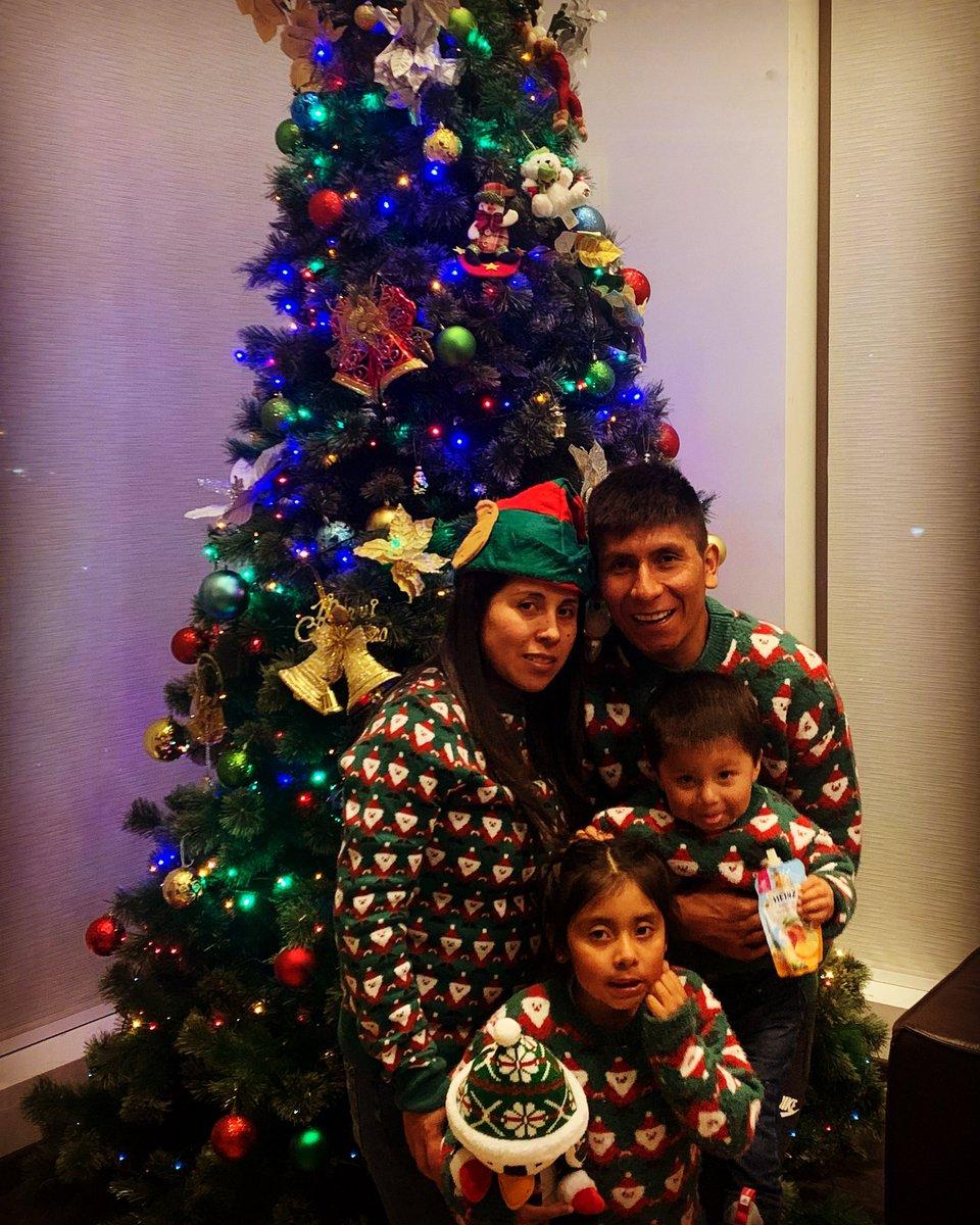 Feliz navidad para tod@s, que la pasen muy bien en compañía de sus seres queridos, siempre cuidándonos mucho. 🦠 😷 https://t.co/6F6XDy83Uj