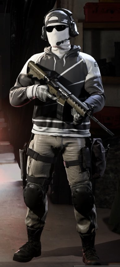 CDL Competitor (+Alt) - Call of Duty: Black Ops Cold War Minecraft Skin