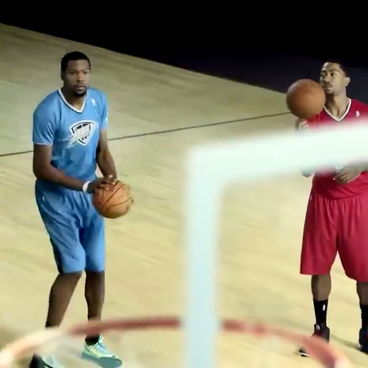 This @NBA Christmas commercial is a classic 🎄 https://t.co/oe0EcggtVA