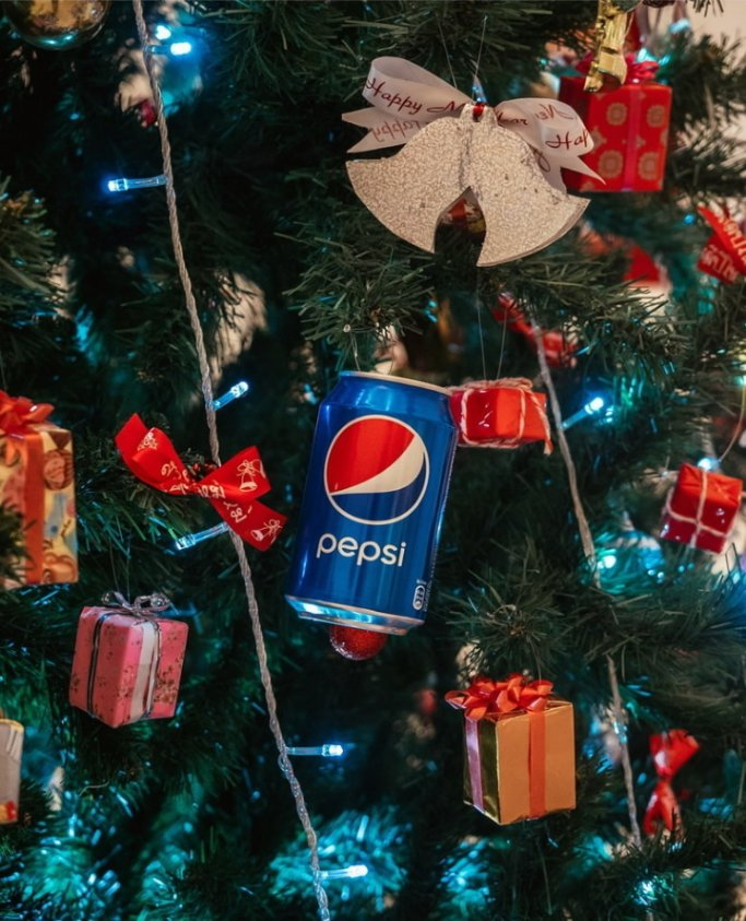 Want to make this Christmas to be remembered? You've got to go for @Pepsi_Naija Pepsi as the compliment to your meal, you know😉 #PEPSI #PepsiLovesChristmas #PEPSIMAXxBLACKPINK
