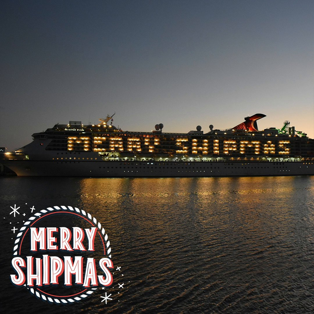 Wishing you all a #MerryShipmas, from our Carnival family to yours! 🛳❤️ #ChooseFun #Carnival
