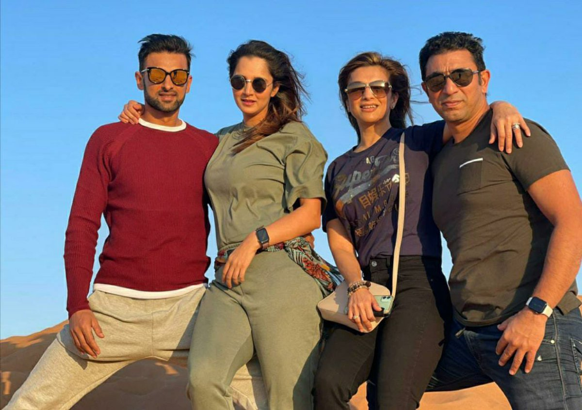When in #Dubai with your 🥰.         #FRAMILY - when you're friends are like family. @realshoaibmalik @MirzaSania #FilmyVeryFilmy #Alhamdulillah