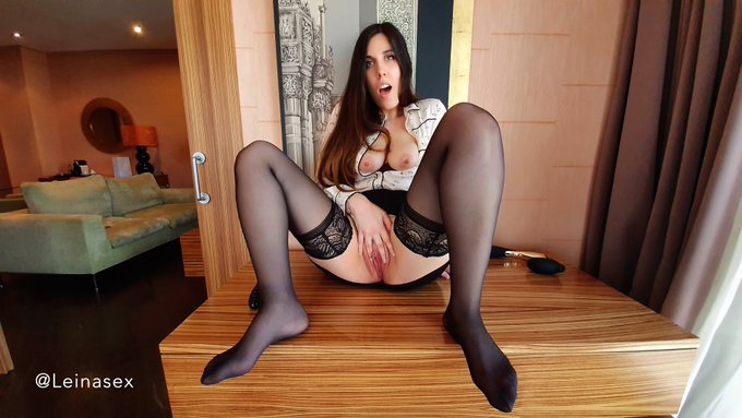 Masturbation and Squirt in the Office https://t.co/Q0Xffg9XNx https://t.co/KKYoC3x5im