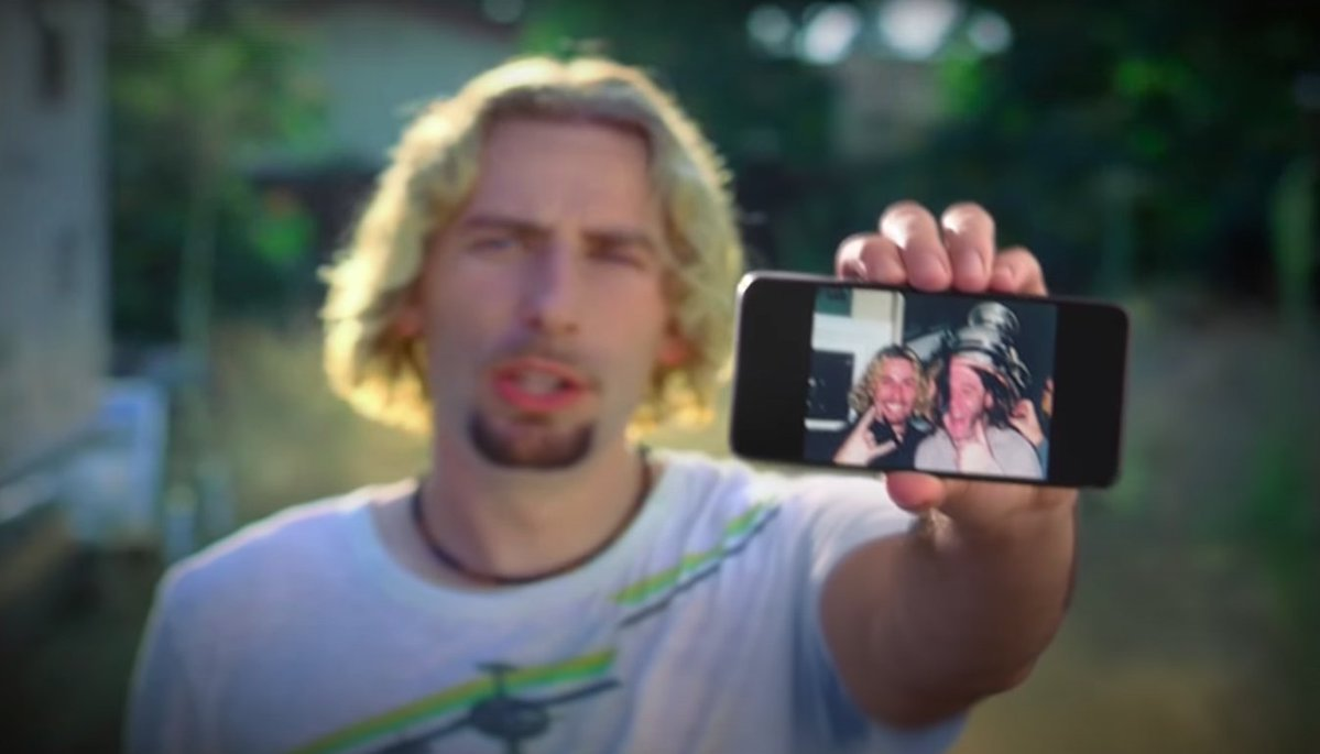 Google and Nickelback really want you to look at your photographs
