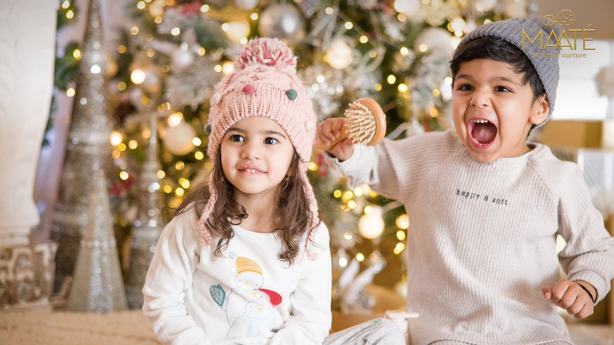 The Christmas magic is still lingering in the air.   The warmth, the love, the joy and the unwrapped gifts reminding of the memories made on X-mas night!   Reminisce about the moments, hold your little ones closer and let that holiday spirit linger on!  #MAATÉ