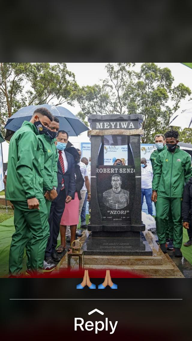 VANDALIZED: Former @BafanaBafana goalkeeper and captain Senzo Meyiwa's tombstone has been vandalized, 2 months after it was unveiled in Clermont, Durban.